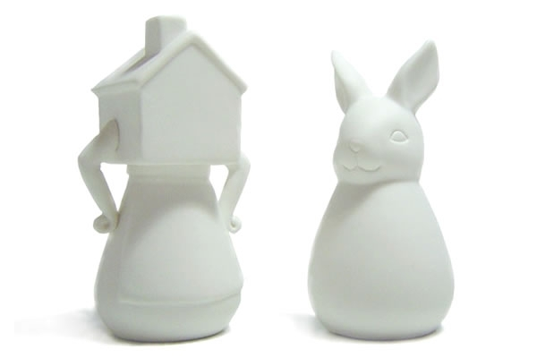 Shake Me - Alice in Wonderland Salt and Pepper Shakers
